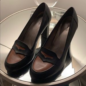Tahari brown black oxford heels size 8 (7.5)